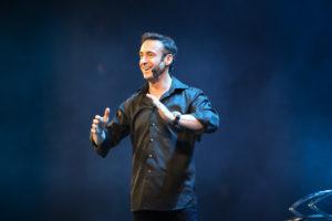 Franck Nicolas donne une conférence