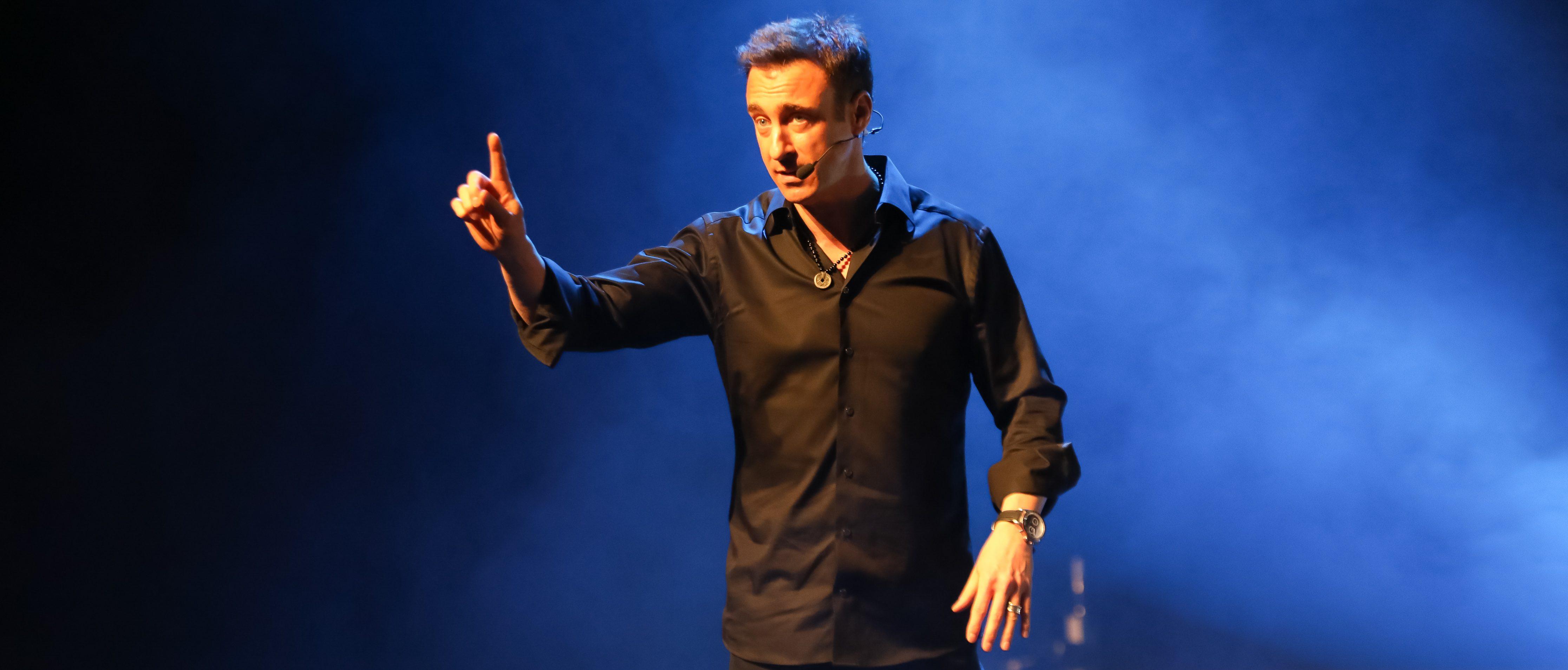 Franck Nicolas sur la scène de WES